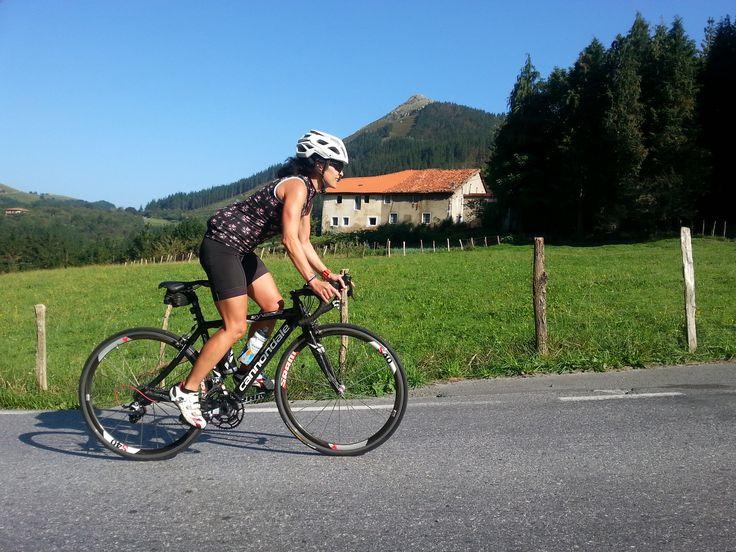 Fin de semana Bicicleta de carretera por Lastur, comida y Debabarrena BTT  http://www.itxaspe.com/BlogsDeportes/MaterialDeportivo/bicicleta-de-carretera-por-lastur-comida-y-debabarrena-btt/