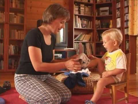 Gyermekfilm, Kinderfilme, Pikler, Lóczy... a great collection of daily life snippets documenting the competence and capabilities of young children and babies!
