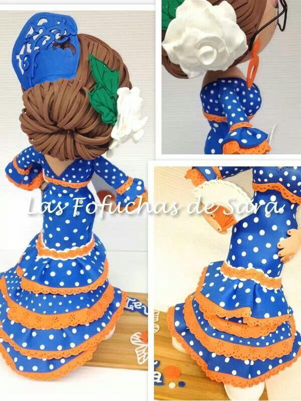 Fofucha con vestido de flamenca y peineta en Goma EVA. http://handcraftpinterest.blogspot.com
