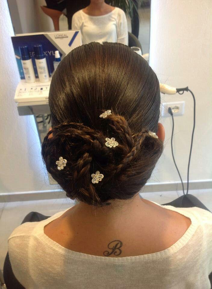 "Acconciatura matrimonio ""Silvana&Manuela"" Massarosa #hairdressing #parruchiera #capelli #salonedibellezza #show #hair #cut #angieclausblog #beauty  http://angieclausblog.com/2014/10/13/silvanamanuela-hairdressing/"