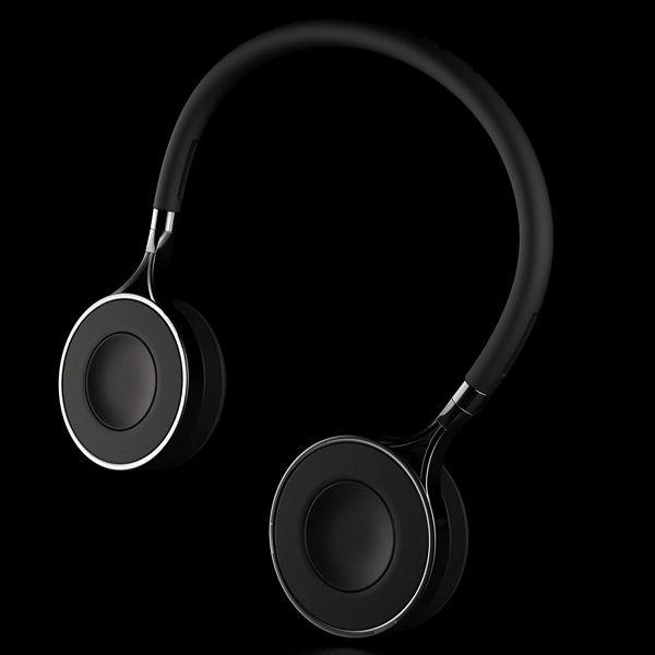 Headphones double as portable speakers. #yotel #yotelnewyork