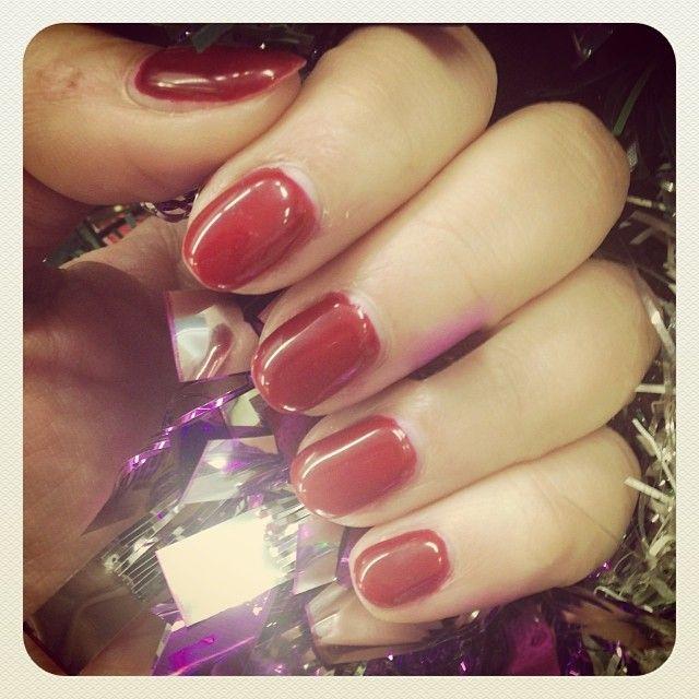 n•26 Velvet Red