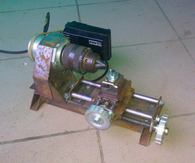 how to make a sewing machine motor lathe