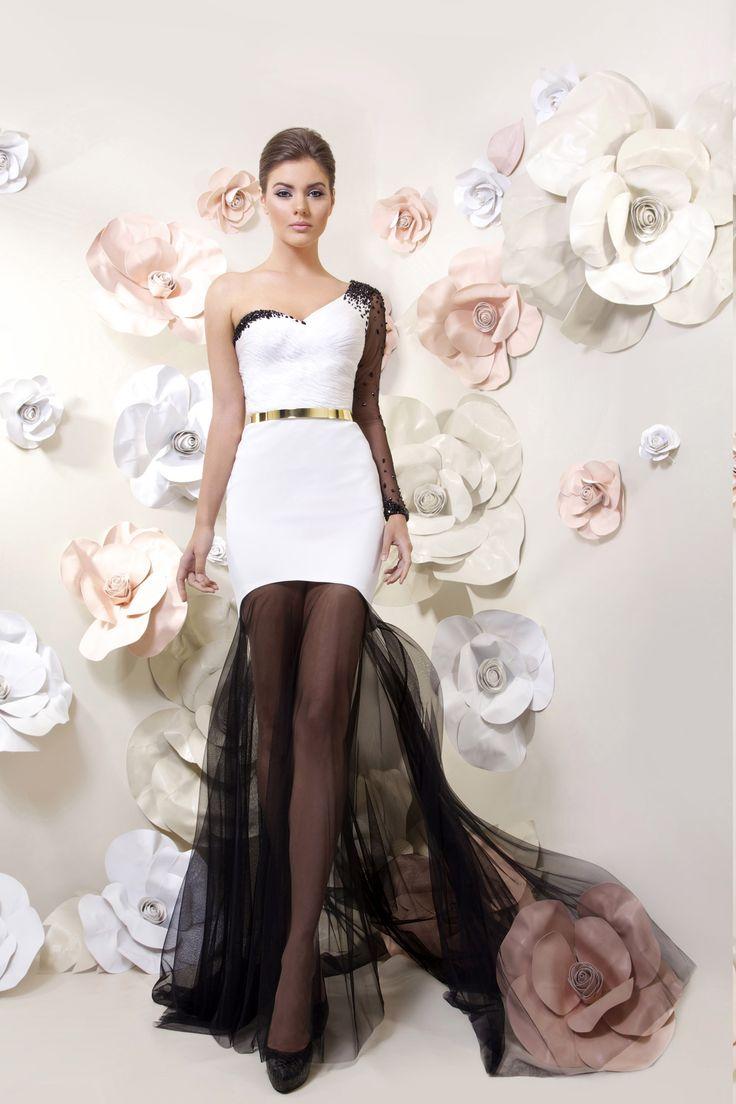 Tarik liz white dresses
