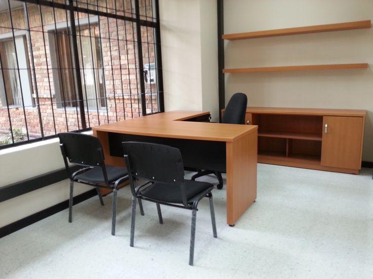 Estación de trabajo recta #diseño #design #geometricamodular #furniture #office
