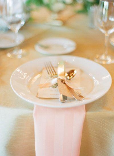 Dressing your dining room table Loft studio, Elegant
