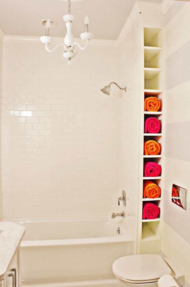 Making A Small Bathroom: Design, Layout, Photo. If Towel Shelves Were At
