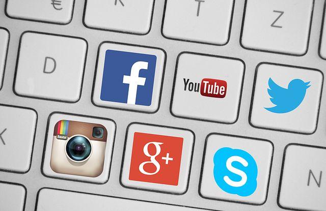 Jak stahovat videa z youtube či Facebook