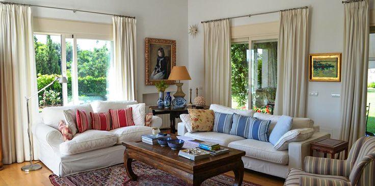 Contemporary 4 bedroom villa in Altos de Puente Romano - #PuenteRomano #luxuryvilla #modernliving #highceilings #Marbella