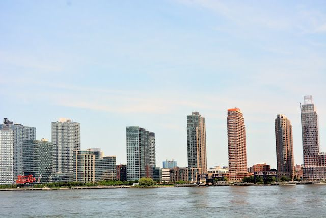 Mille Fiori Favoriti: An East River Ferry Ride in NYC