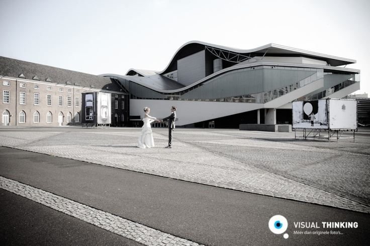 Blijft mooi, een trouwreportage achter bij het Chasse Theater in Breda.