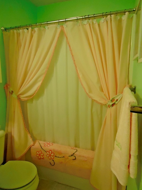 The 25+ best Two shower curtains ideas on Pinterest | Curtains and ...