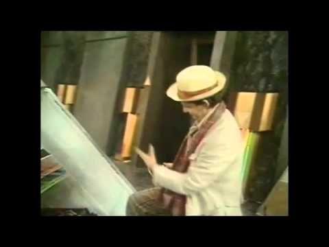 Sylvester McCoy  (Radagast) - Spoons