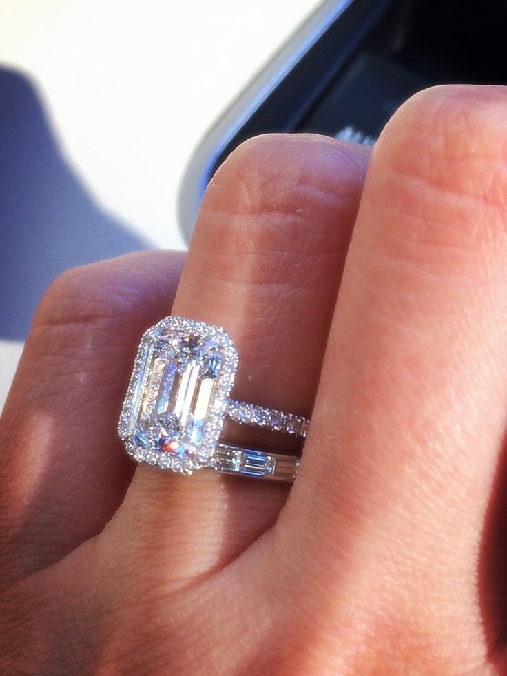 i love the baguette wedding band paired with emerald cut diamond - Emerald Cut Wedding Rings