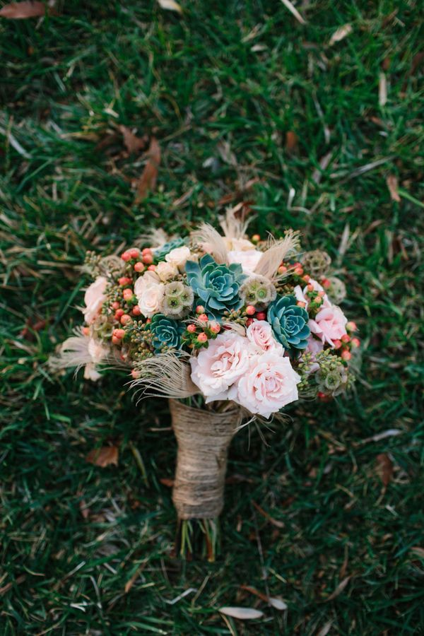 Fresh take on a garden rose bouquet // photo by Marianne Wilson