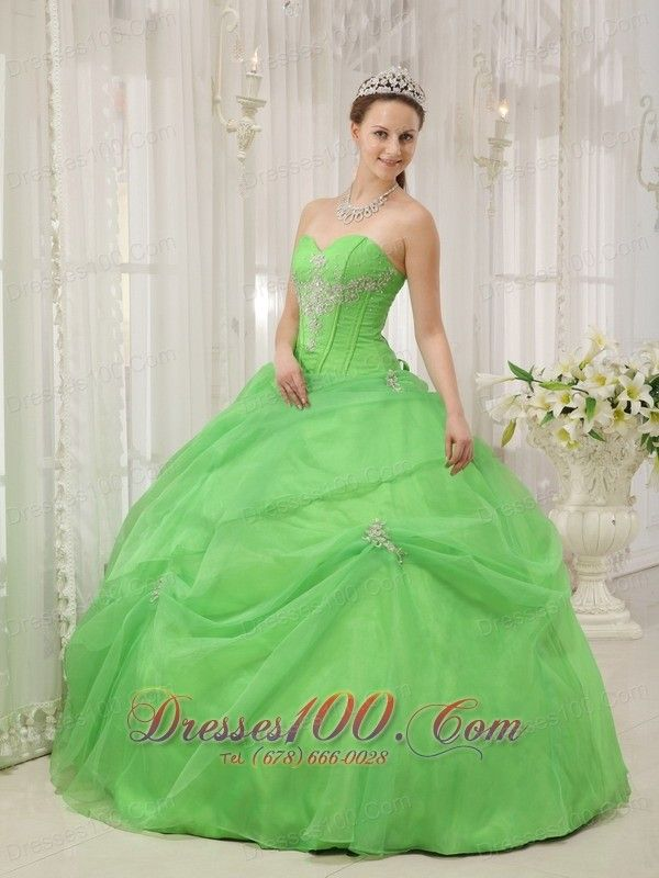 ball gowns Arlington