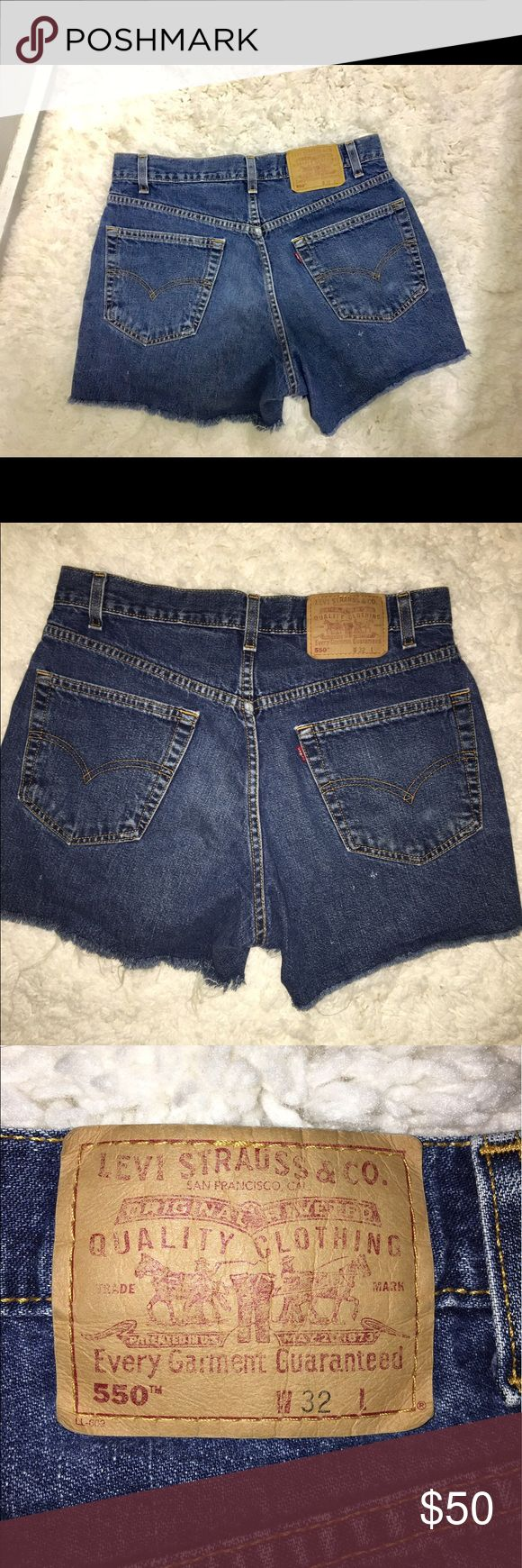 """LEVIS HIGH RISE DENIM SHORTS💕 SUMMER MUST HAVE. TOO BIG ON ME! Very high rise covers my belly button. No stretch on these. Can be worn as they come for days and rolled up for nights! Look super cute with heels and any top really! Can't go wrong with these 😍 tag says W32, but for reference I am 140 lbs and 5""""3, normally size 6/medium in bottoms from most places and these are too big on me :(  DARK WASH. 💕 MAIN PICTURE IS NOT THE ACTUAL SHORTS😘 PRICE IS NEGOTIABLE MAKE AN OFFER 💜💕 Levi's…"""