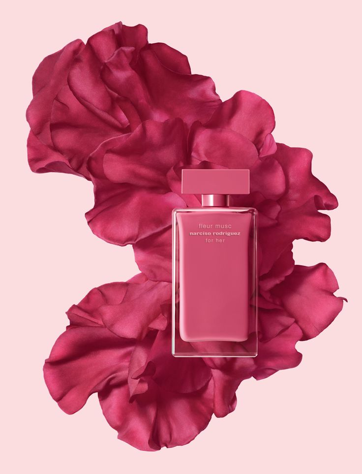 """NARCISO RODRIGUEZ FLEUR MUSC for Her. March 2017. """"Fleur Musc is the result of my desire to create a fragrance with a musk heart that blends with a warm pink flower to create a unique pink composition. Fleur Musc represents courageous and passionate femininity. This is a fragrance that exudes charm and grace."""" - Narciso Rodriguez. Follow rickysturn/fragrance  http://ameritrustshield.com/ppost/247416573260162135/"""