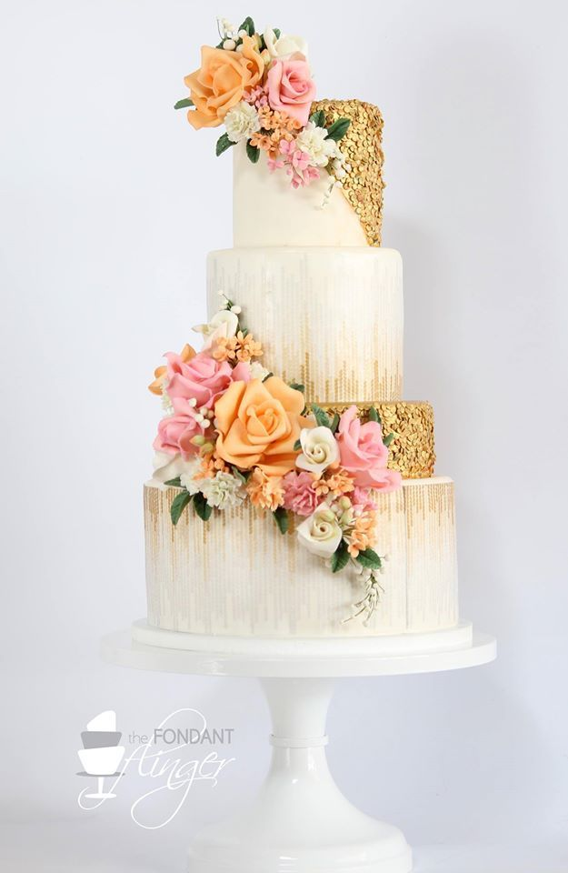 Daily Wedding Cake Inspiration (New!). To see more: http://www.modwedding.com/2014/07/29/daily-wedding-cake-inspiration-4/ #wedding #weddings #wedding_cake Featured Wedding Cake: Fondant Flinger