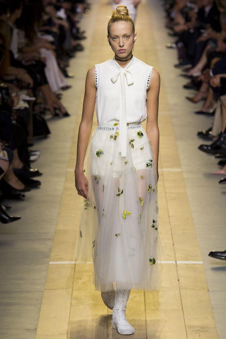 Défilé Christian Dior Printemps-été 2017 26