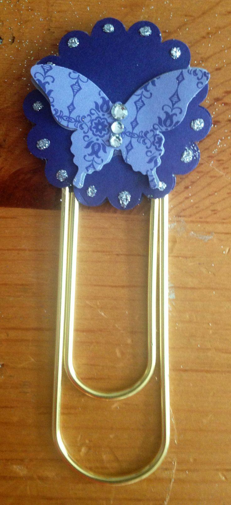 Giant paper clip bookmark