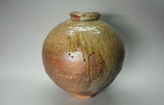 """KOHARA Yasuhiro (1954- ) Shigaraki Jar, H18"""" x Dia17"""""""