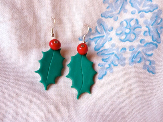 For great christmas spirit dress your self up in the finest christmas jewelry for the season. For example these holly earrings. They are a great gift for anybody that show a sight of respect and love. They are light weighted and adorably cute. You can also find holly necklaces in this shop.