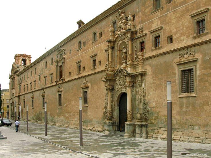 Fachada de colegio Santo Domingo Orihuela