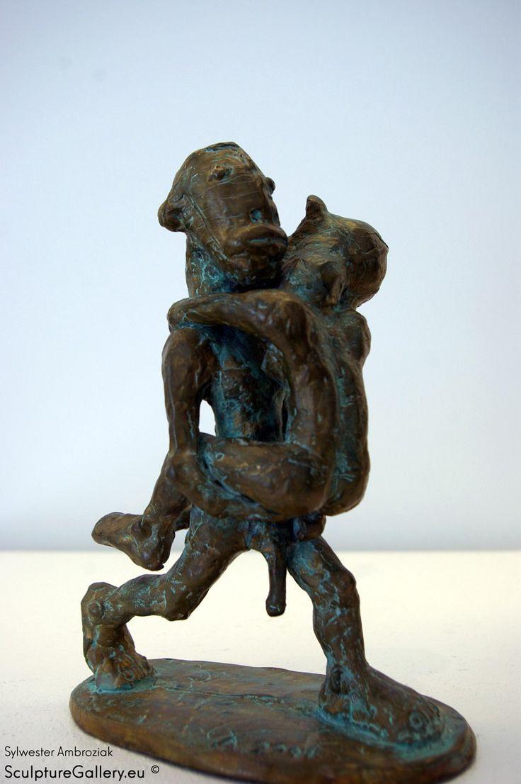 'Niosący' Rzeźba Sylwester Ambroziak | Sculpture Gallery