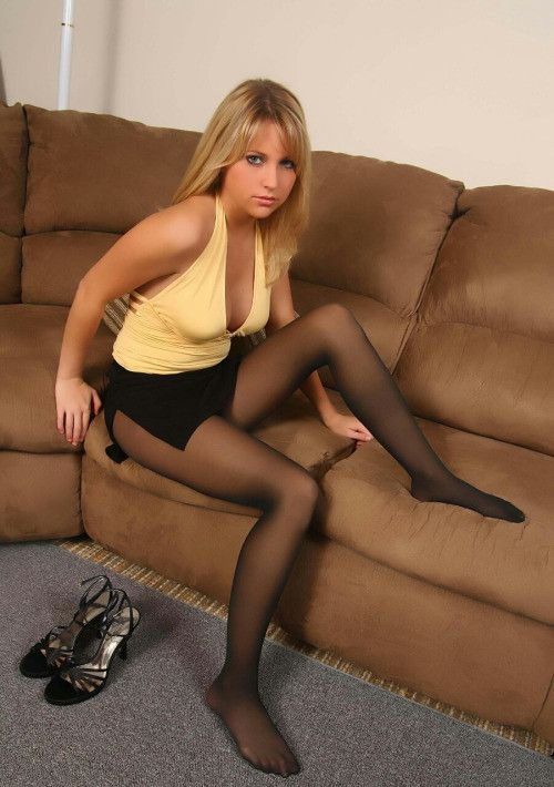 Claude Ronaldi, S pantyhose when they woman