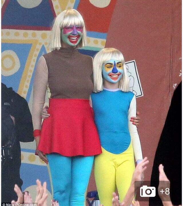 Sia and maddie twinning