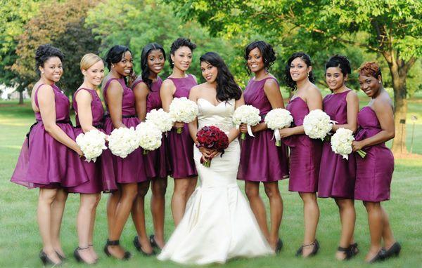 Vestidos de Damas Morados - Para Más Información Ingresa en: http://vestidoscortosdemoda.com/vestidos-de-damas-morados/