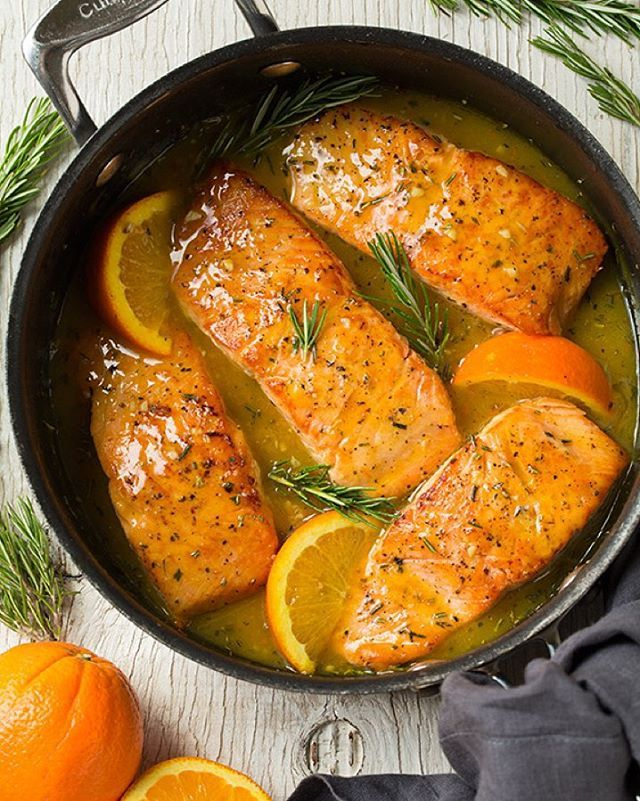 """Tired of the same old salmon recipes? Try this Orange-Rosemary Glazed Salmon! It's packed with fresh flavor + it's totally delicious! healthy salmon …"""