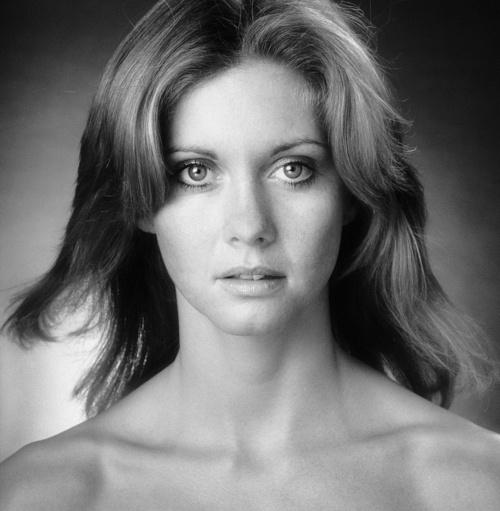 Olivia Newton-John - August 1973  Photo: Lichfield