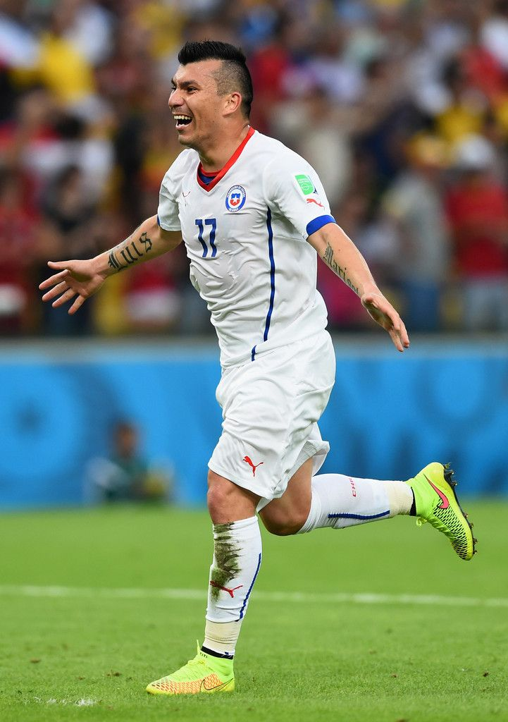 """Gary """"Pitbull"""" Medel (Chile) A photo of one of the best chilean players so its very interesting. It also has an author in the website."""