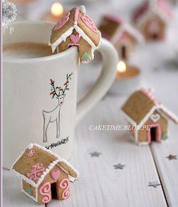 Ein Lebkuchenhaus kann man zur Adventszeit selber machen. Die spannendsten Sets & Anleitungen für Lebkuchenhäuser als Bausatz zum selber bauen >>