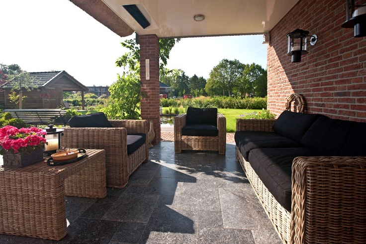 1000 images about terras on pinterest outdoor spaces house tours and warm - Overdekt terras in hout ...