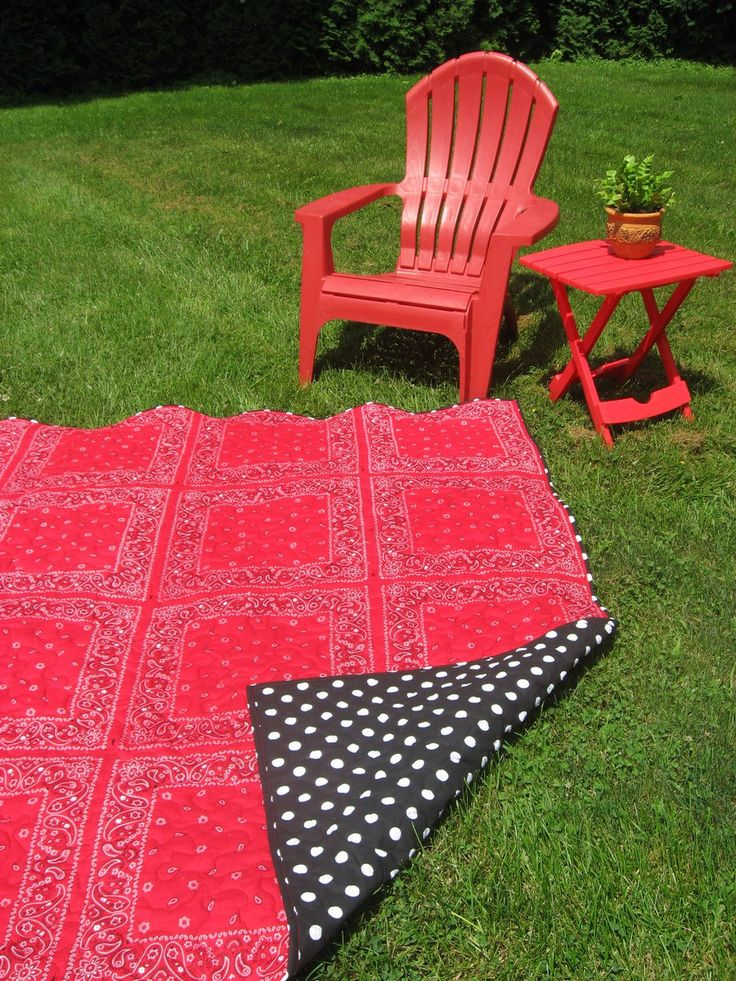 Extra Large Picnic Blanket, Bandana Quilt, Red and Black Quilt, Beach Blanket Quilt, READY TO SHIP by JoansCreativeQuilts on Etsy