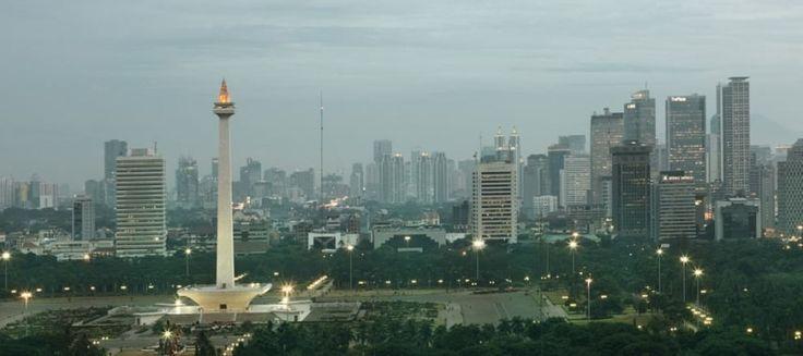 IPW Minta Pemprov DKI Bangun Hunian Vertikal dengan Aset BUMN | 12/03/2015 | Indonesia Property Watch (IPW)meminta pemerintah untuk segera membangun hunian vertikal di wilayah Jakarta. Ini dilakukan mengingat jumlah populasi di ibu kota semakin meningkat dan harga lahan yang juga ... http://propertidata.com/berita/ipw-minta-pemprov-dki-bangun-hunian-vertikal-dengan-aset-bumn/ #properti #rumah #jakarta