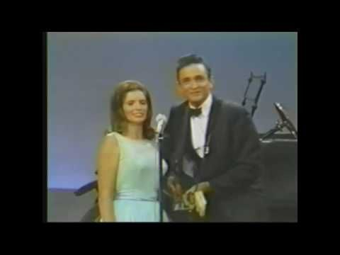Johnny Cash & June Carter singing Jackson at the Ralph Emery Show. This is from 1967.