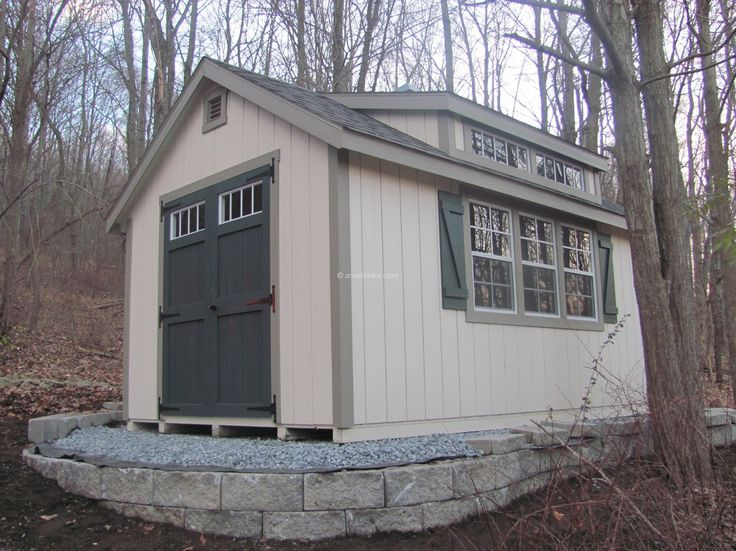 Garden Shed With Slant Roof With Transom Window On
