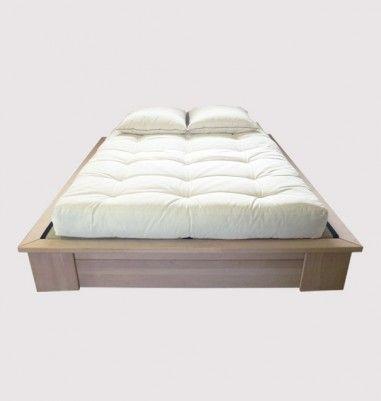 Stockholmà tiroirs + futon Ensemble complet 160 cm : cadre + 2 tiroirs en hêtre massif + pieds en hêtre massif + couchage complet (sommier à lattes + tatamis + futon) Selon les options de futons au choix :de 999 à 1188€ En savoir plus sur notre engagement environnemental