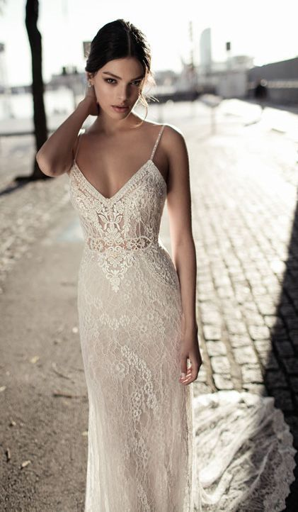 Featured Dress: Gali Karten Bridal Couture; Wedding dress idea.