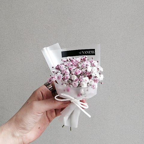 More inspiration: @dariatill ☼♥ #inspiration #flowers #beauty #white