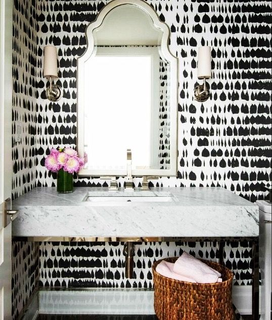 Black And White Bathroom Wall Paper This Would Look Amazing On One Leaving