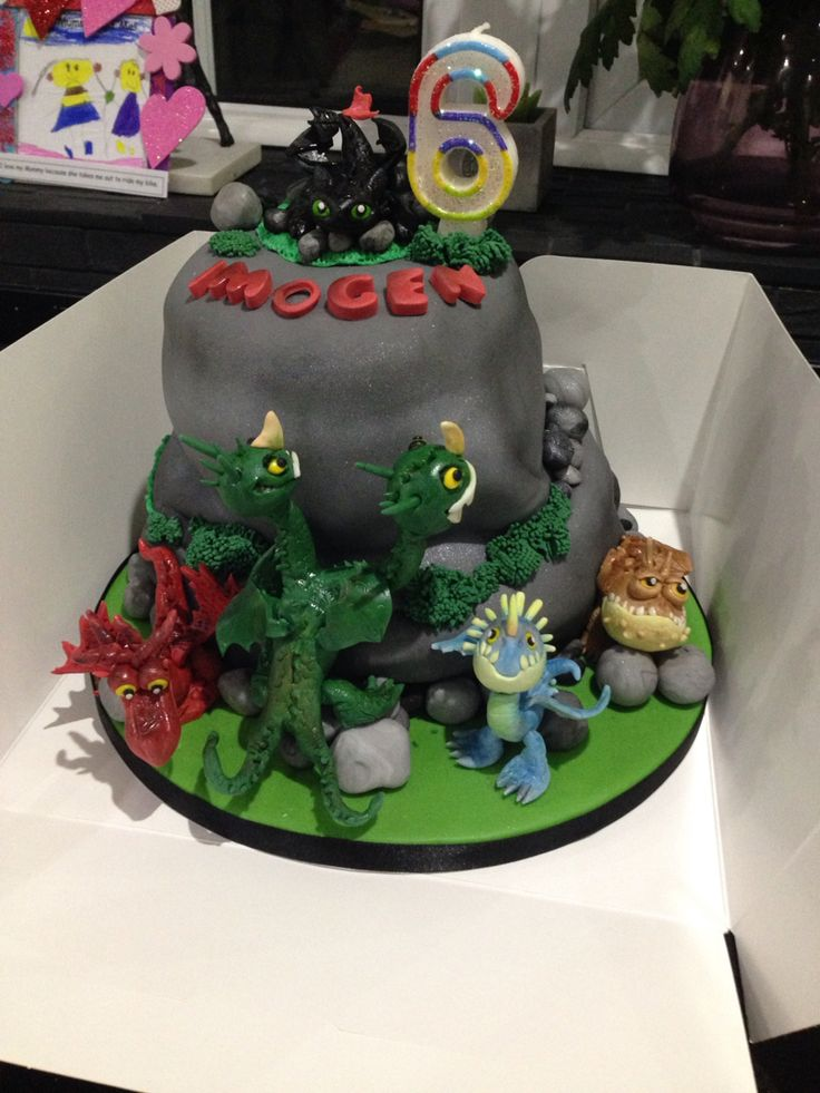 1000 Images About How To Train Your Dragon Cakes On