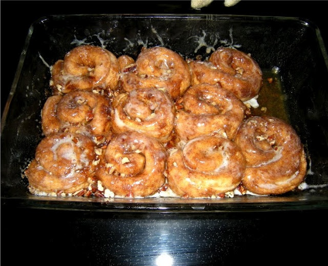 canned biscuit cinnamon rolls | Food & Drink | Pinterest