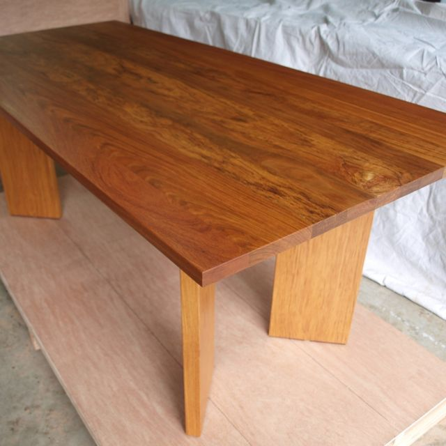 http://www.custommade.com/dining-room-table/by/witnesstreestudios/ Custom Dining room table.Table is made from Jatoba with a satin finish.Table can be custom ordered in any size and can be made with Jatoba, Black Walnut, White Oak, Maple and Cherry.