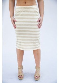 Honey & Lace offering different model of pencil skirts.