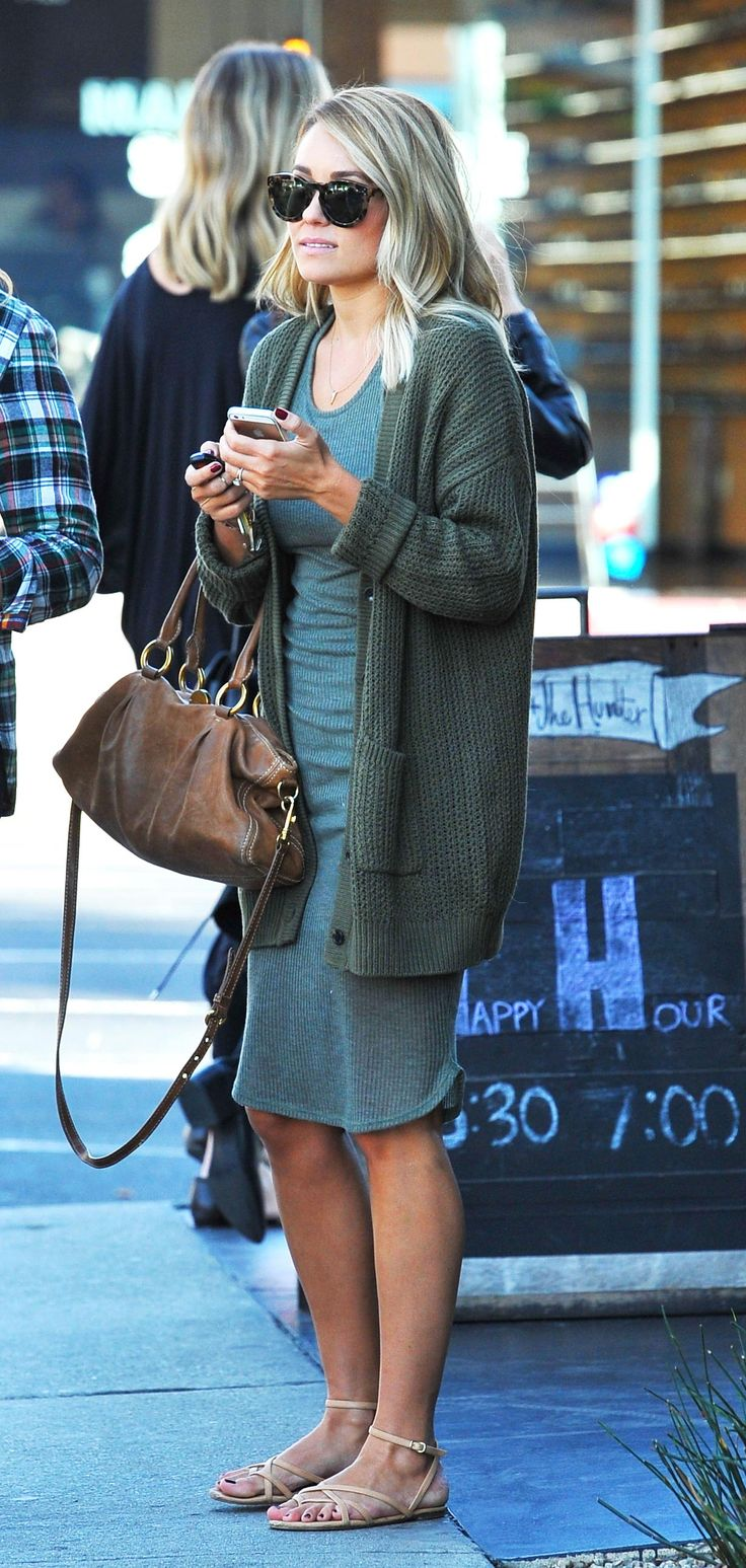 Get the look: Lauren Conrad's perfectly slouchy cardigan via @stylelist | http://aol.it/1G26sLR